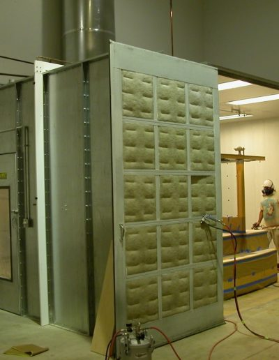 RTT Engineered Solutions Enclosed Industrial Paint Booth