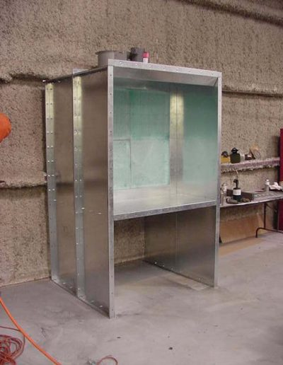 RTT Engineered Solutions Open Front Bench Paint Booth