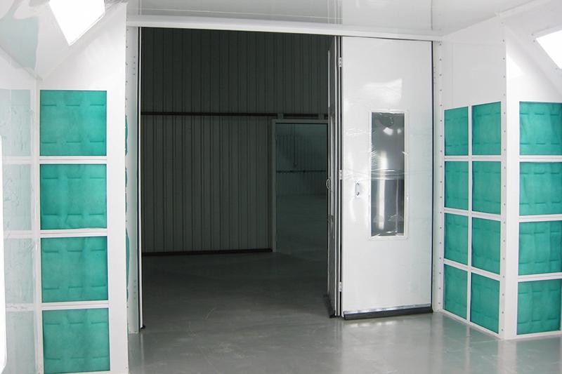 EZ Classic crossdraft automotive paint booths